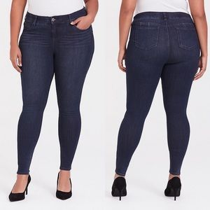 Torrid | Premium Stretch Dark Wash Bombshell Jeans